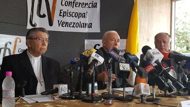 Los obispos venezolanos piden no permanecer pasivos ni acobardados ante el golpe de Estado
