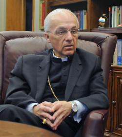 El obispo de Bismarck pide leer el evangelio para entender por qué no pueden comulgar los adúlteros