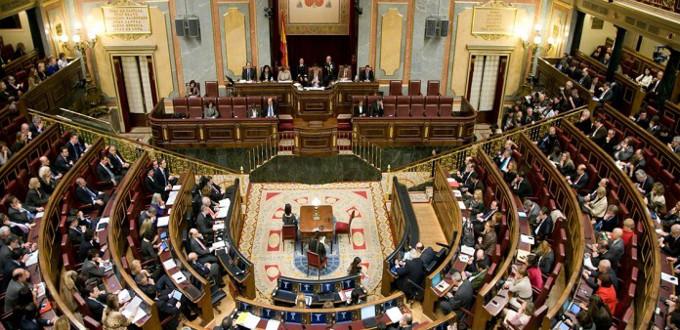 El Congreso de los Diputados aprueba una moción de Podemos para garantizar a menores el «derecho» a abortar