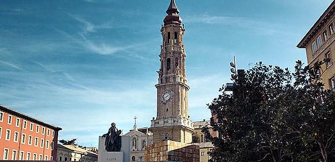 El Ayuntamiento de Zaragoza pretende arrebatar La Seo a la Iglesia