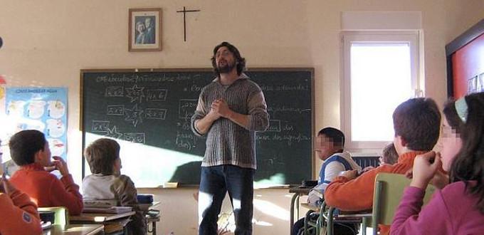 El lobby laicista pide sacar la religión de la escuela pública y del Pacto Educativo