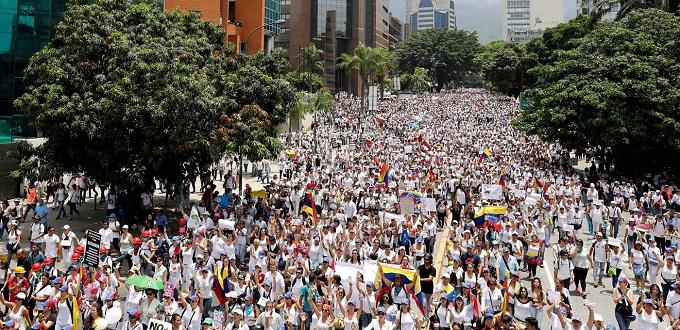 Marcha de las mujeres opositoras