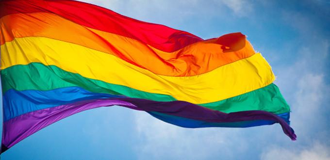 «Las banderas están arrancadas del alma de las personas», Gilbert Baker.