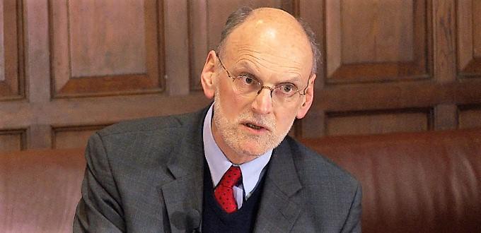 Nigel Biggar, nuevo miembro de la Pontificia Academia para la Vida, es abortista