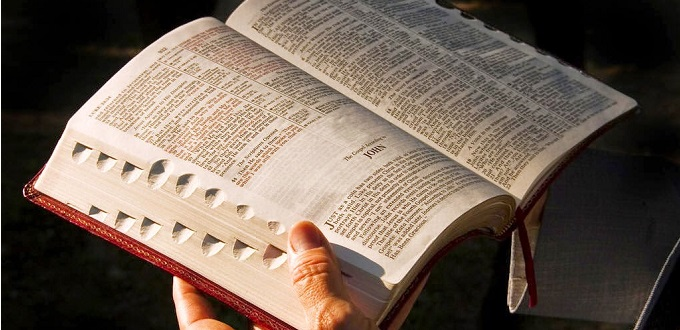 Un mes de la Biblia siguiendo el camino de la reconciliación