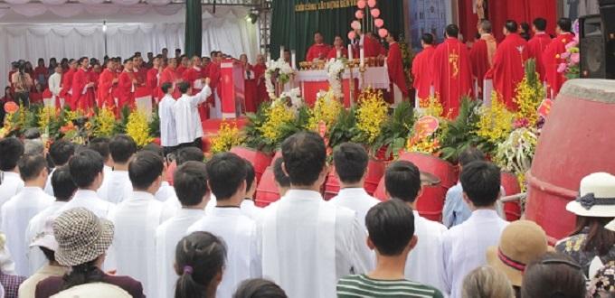 Templo en Vietnam será reconstruido