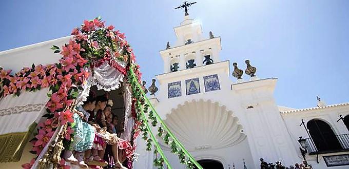 La Conferencia Episcopal Española declara el Rocío Santuario Nacional
