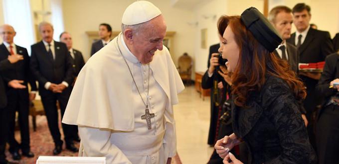 Obispos argentinos acusan a los medios de comunicación de tergiversar políticamente la figura del Papa