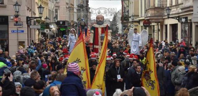 Un millón doscientos mil polacos participaron en la Marcha de los Reyes Magos