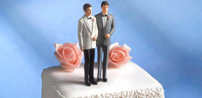 EE.UU: juez absuelve a mujer que se negó a diseñar un pastel para una «boda» entre lesbianas