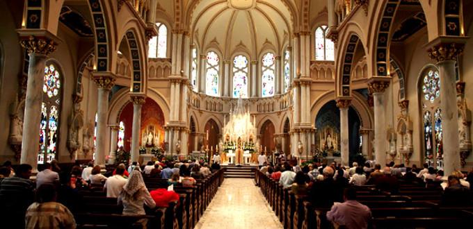 España, cada vez menos católica, cada vez más incrédula y atea