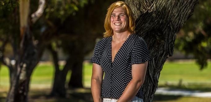 Australia: de jugador de la selección nacional de balonmano a «jugadora» de fútbol australiano