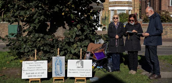 El obispo Sherrington habla en contra de las «zonas de amortiguación» de las clínicas de abortos