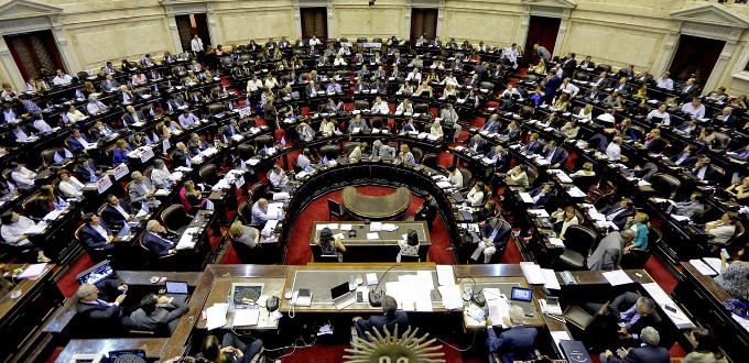 La ley del aborto en Argentina depende de 56 diputados que no han manifestado su intención de voto