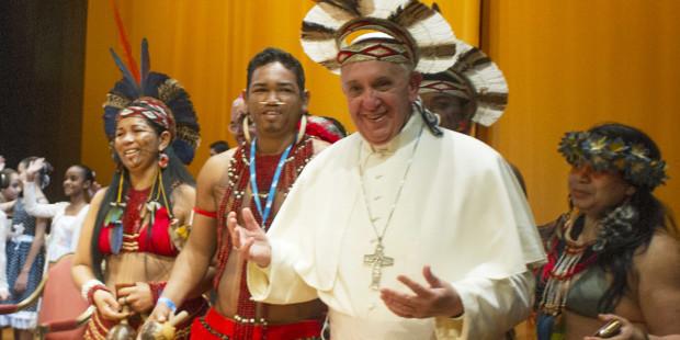 El Papa se presenta en una reunión preparatoria del Sínodo para la Amazonía