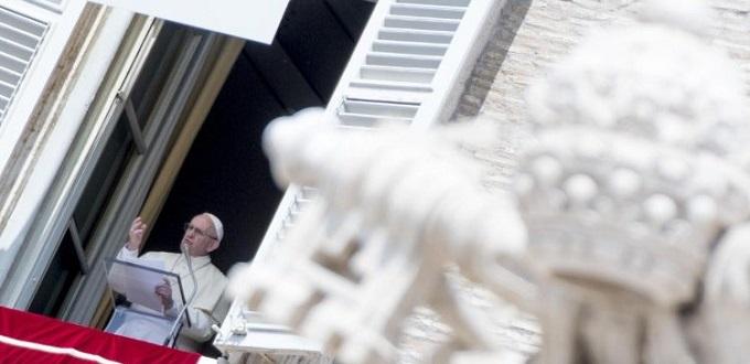 El Papa pide difundir el Evangelio en el mundo entero