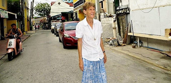 Filipinas revoca la expulsión de la misionera australiana Patricia Fox