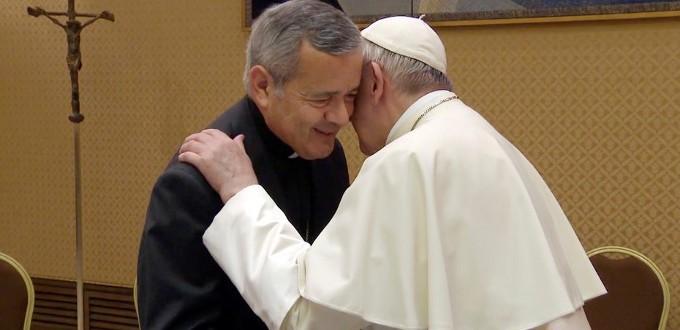Mons. Barros se despide recordando que presentó su renuncia al Papa en varias ocasiones