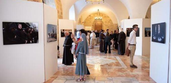 Exposición en Jerusalén sobre los «guardianes de la tumba de Cristo»