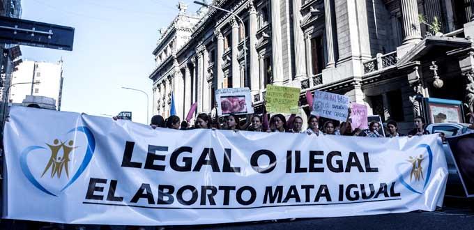 La Cámara de Diputados del Congreso de Argentina aprueba la Ley del Aborto