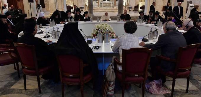 Papa Francisco: «¡Basta de usar a Oriente Medio para obtener beneficios ajenos a Oriente Medio!»