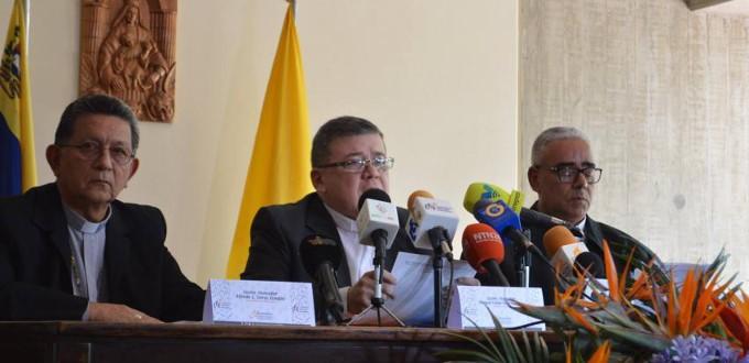 Los obispos venezolanos acusan al gobierno de Maduro de la precariedad que humilla al pueblo