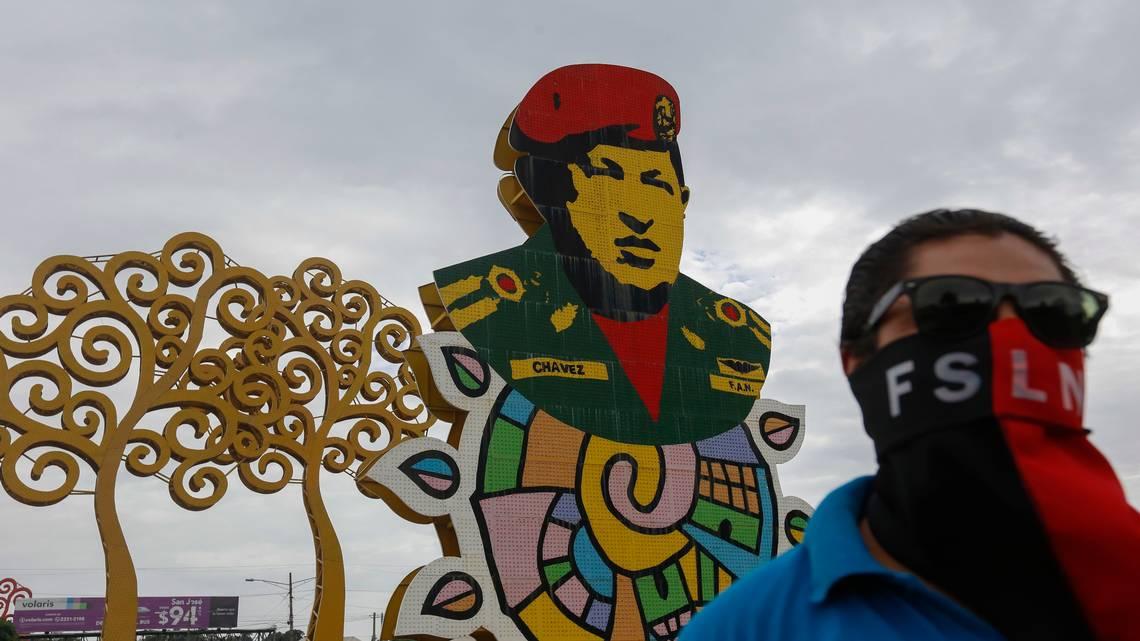 Turbas del gobierno de Daniel Ortega agreden al nuncio en Nicaragua y a los obispos de Managua