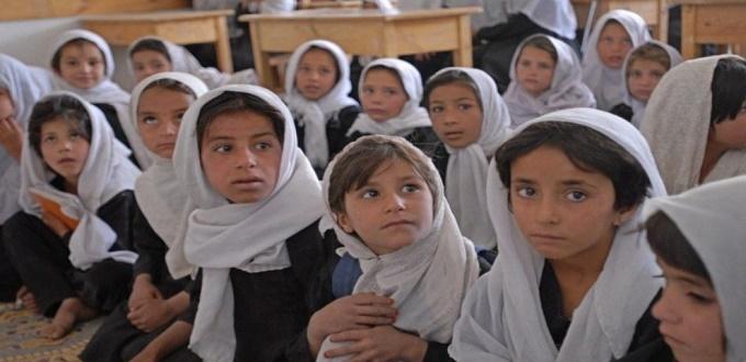 Al menos 37 muertos en el atentado a una escuela de Afganistán