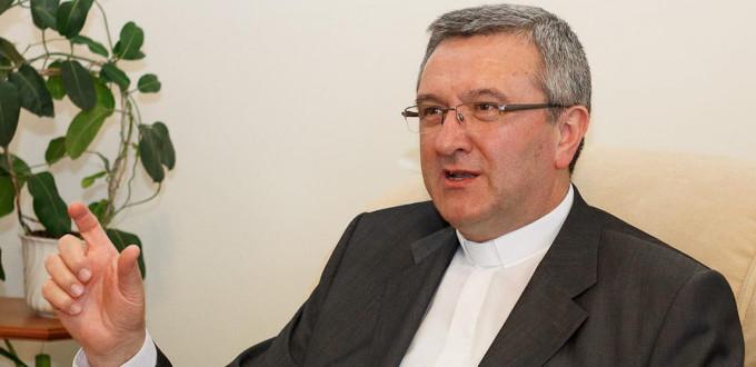 El presidente de la Conferencia Episcopal de Hungría pide a la Unión Europea que respete la soberanía de su país