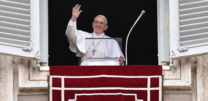 Papa Francisco: «Jesús quiere hacer entender que el milagro se produce por su unión con el Padre»