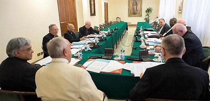 El Papa convoca a los presidentes de las Conferencias Episcopales por los abusos a menores