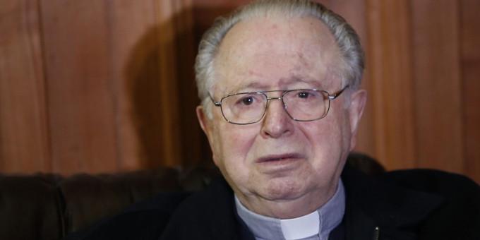 El Papa dimite del estado clerical a Fernando Karadima