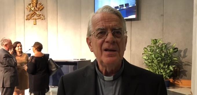 El «Premio Ratzinger» será otorgado  a una teóloga alemana y un arquitecto