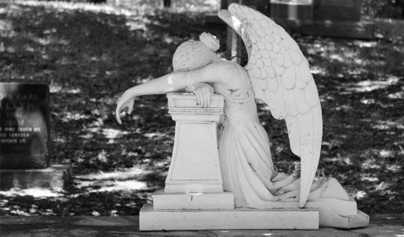 Polonia: la Iglesia conmemora anualmente a los niños fallecidos durante el año