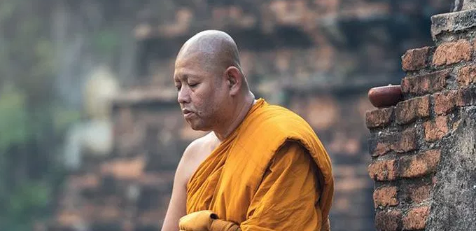 China recluta monjes tibetanos «para difundir propaganda»