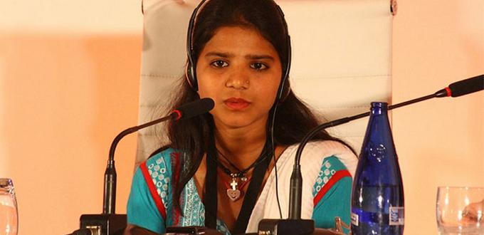 Las hijas de Asia Bibi están huyendo constantemente, amenazadas por radicales islamistas