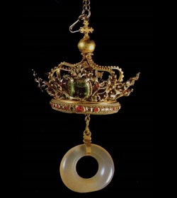 Esta es la reliquia del anillo nupcial que se cree utilizó la Virgen María en su boda con San José