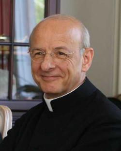 Monseñor Fernando Ocáriz