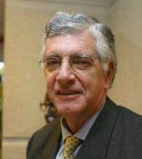Gonzalo Ibáñez Santa María
