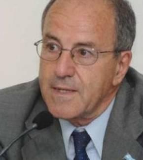 Héctor H. Hernández
