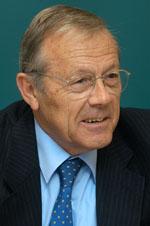 Rafael Navarro Valls